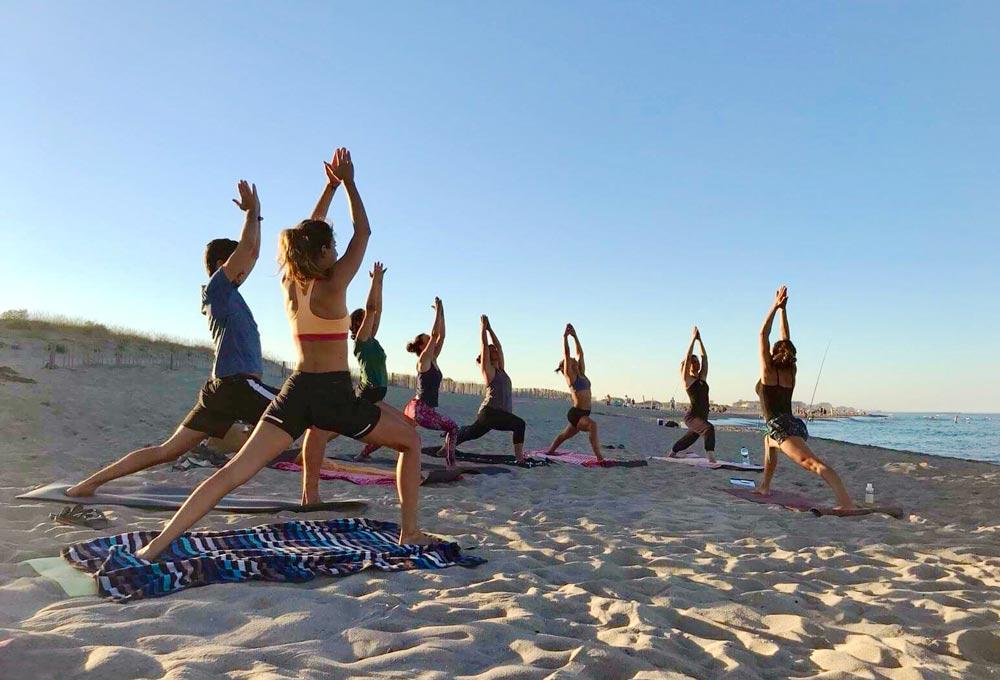 cours-yoga-plein-air-prof-fanny-ros