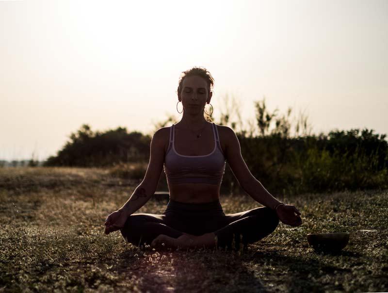 fanny-ros-prof-yoga-pyrenees-orientales