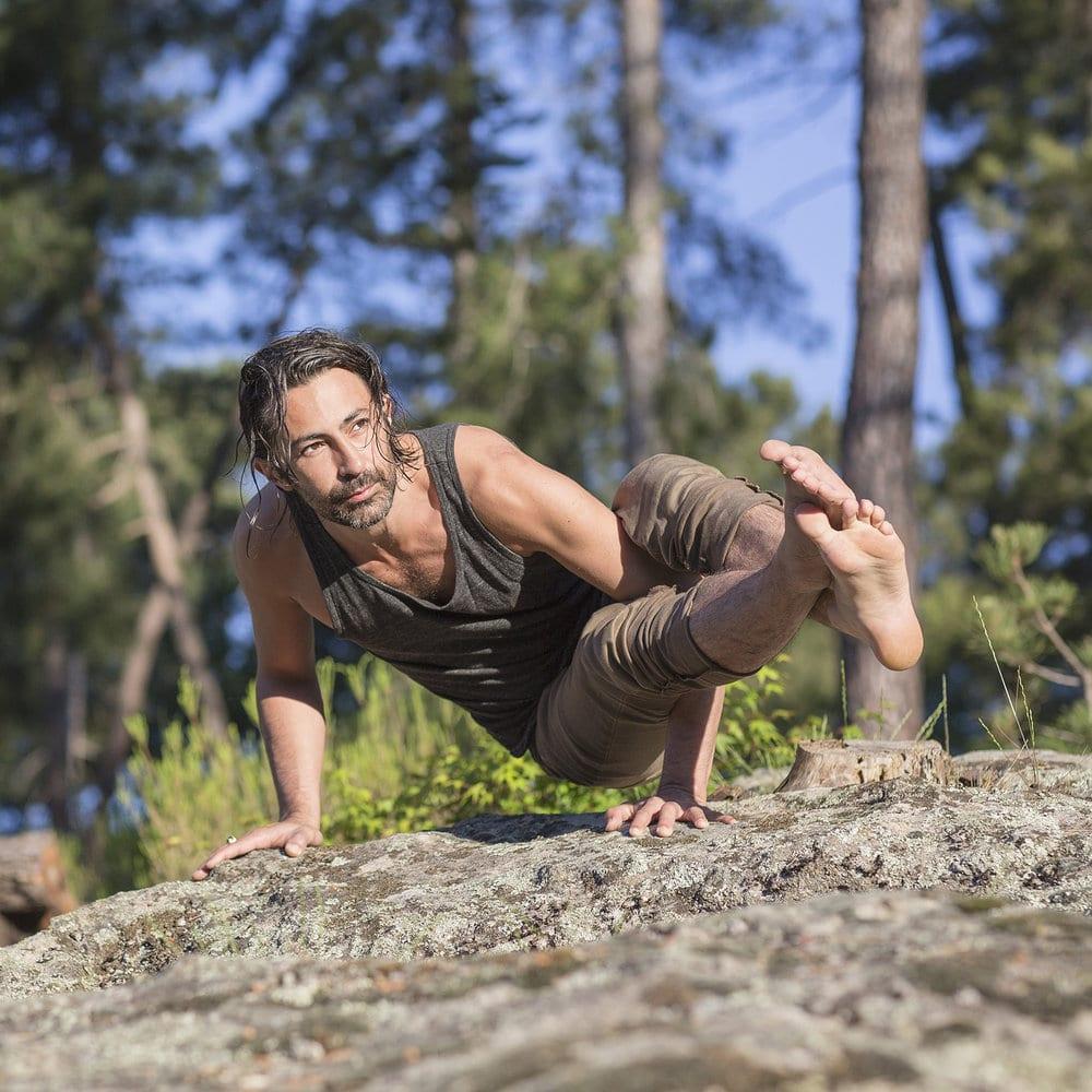 mika-de-brito-yoga-certification